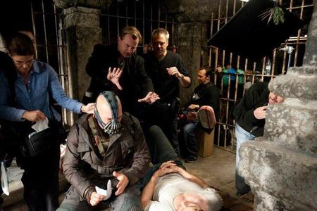 Christopher Nolan da indicaciones a Wally Pfister en el rodaje de The Dark Knight Rises