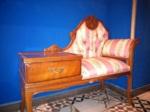 Muebles vintage para vestir El Colmao GastroClub de la calle Infantas