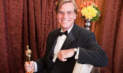 """""""No es un biopic; no es la historia de Steve Jobs"""", Aaron Sorkin acerca de la película basada en la biografía oficial de Jobs"""