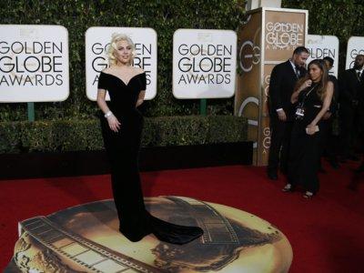 Lady Gaga y su look más discreto en los Globos de Oro 2016