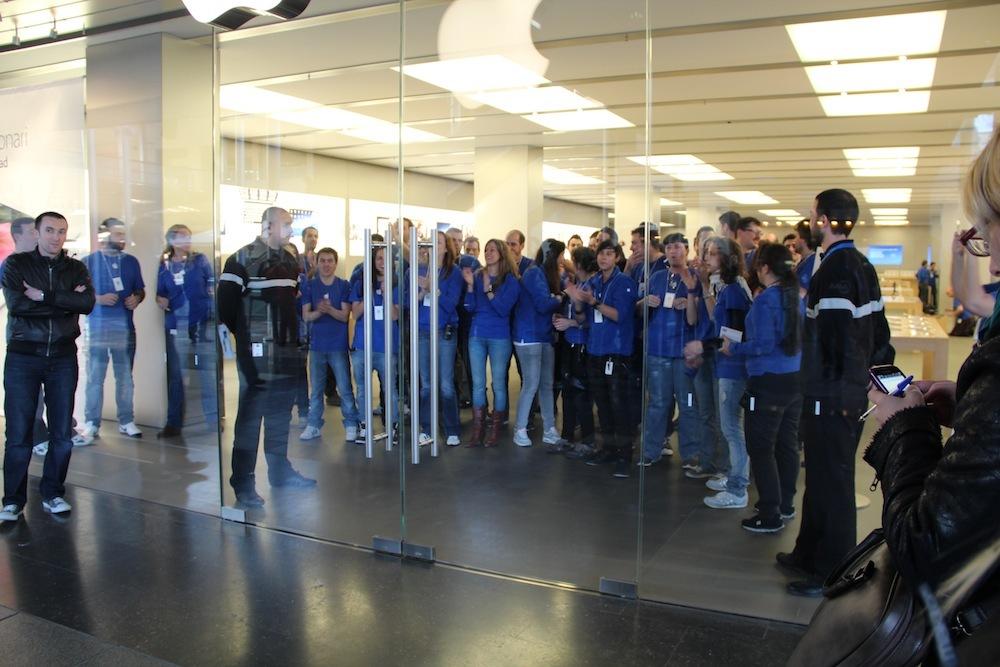 Foto de Lanzamiento del iPad de tercera generación en Barcelona (7/10)