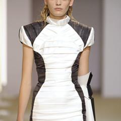 Foto 3 de 28 de la galería gareth-pugh-en-la-semana-de-la-moda-de-paris-primavera-verano-2009 en Trendencias