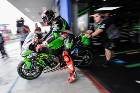 Tom Sykes podría cambiar Kawasaki por Yamaha ¡y hasta dejar las Superbikes por  MotoGP!
