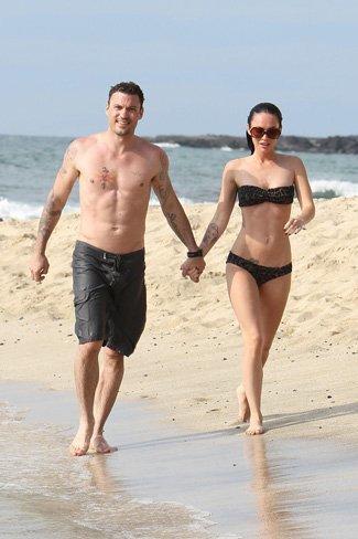 Vacaciones verano 2010: las celebrities se van a la playa, sus estilos más sexys en bikini. Megan Fox
