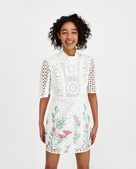 estilo de moda la mejor actitud en pies tiros de Los 19 vestidos de Zara para fichar esta Primavera-Verano 2018