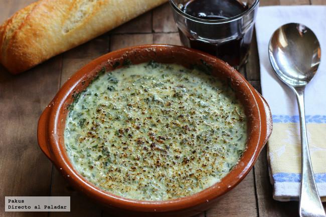 Crema de espinacas y roquefort con bechamel. Receta