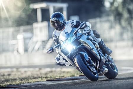 Kawasaki Ninja H2 2019 11