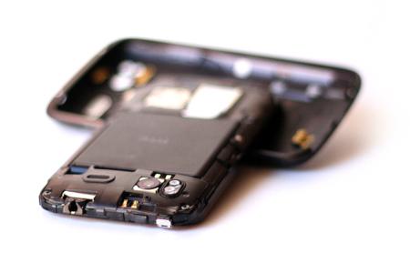 Las aplicaciones Android con anuncios devoran nuestra batería, según Microsoft