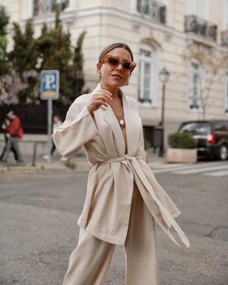 Siete looks perfectos para que en tu jornada laboral vistas de manera elegante (y no pases ni frío ni calor)