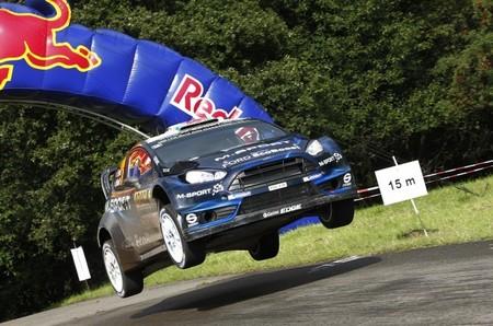 Elfyn Evans continuará una temporada más en el Mundial de Rallyes