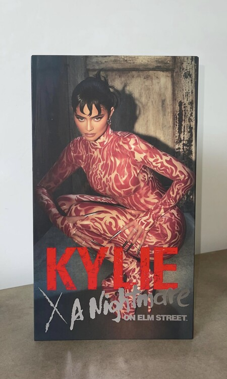 Kylie Jenner Cosmetics Halloween 2021 01