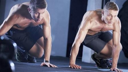 ¿Quieres quemar calorías sin salir a correr? Hazlo con estos 17 ejercicios