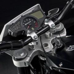 Foto 62 de 111 de la galería husqvarna-nuda-900-y-900r-datos-y-fotos-oficiales en Motorpasion Moto