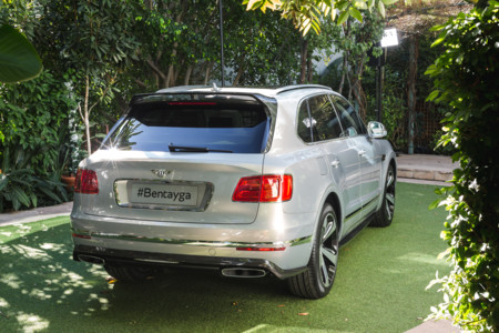 Bentley Debuts Bentayga First Edition 1