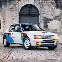 Este Peugeot 205 Turbo 16 sale a subasta: un unicornio con ADN de rally que podría superar los 400.000 euros