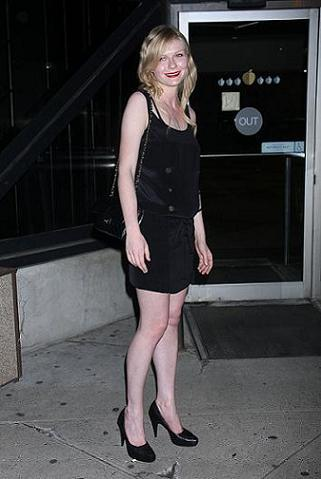 Kirsten Dunst y su Little Black Dress