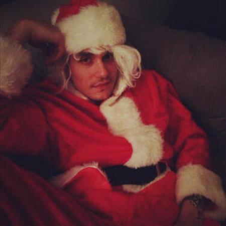 Ojo con el Papá Noel personal de Katy Perry, ¡me pido uno si estoy a tiempo!