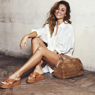"""Lara Álvarez protagoniza la campaña de Carmela Shoes y nos cuenta algunos secretos de su vida: """"me habría encantado ser cantante"""""""
