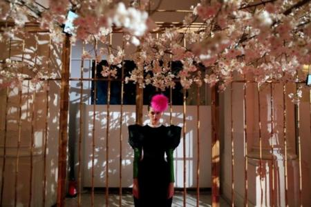 Lacroix para Schiaparelli, o cómo el surrealismo también puede ser barroco
