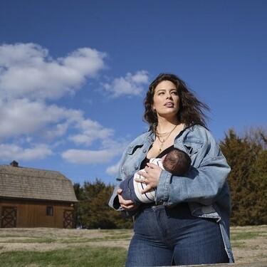 Cada vez más madres expresan sufrir críticas sobre su maternidad y Ashley Graham ha usado su influencia para visibilizarlo
