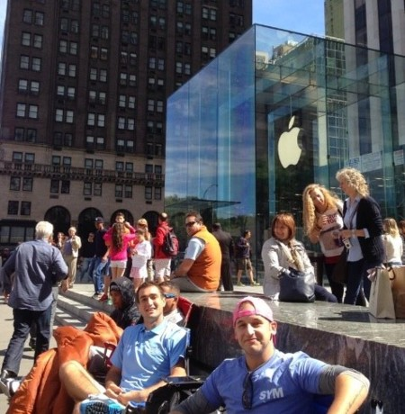 cola apple store quinta avenida nueva york manhattan estados unidos nuevo iphone