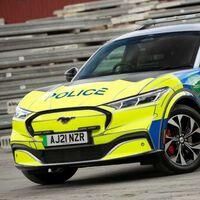 El Ford Mustang Mach-E es convertido en patrulla y despierta interés en la policía de Reino Unido