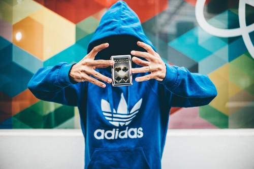 El outlet de Adidas nos trae un 50% de descuento en miles de prendas y zapatillas deportivas para hombre y mujer