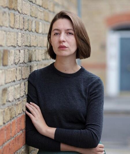 Se publica la nueva novela de Sally Rooney, 'Dónde estás mundo bello', y esto es lo que nos adelantan quienes ya la han leído