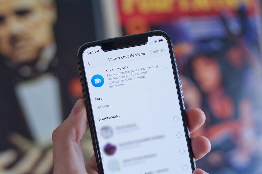 Instagram ya permite hacer videollamadas con hasta 50 personas de la mano de Messenger Rooms: así funcionan