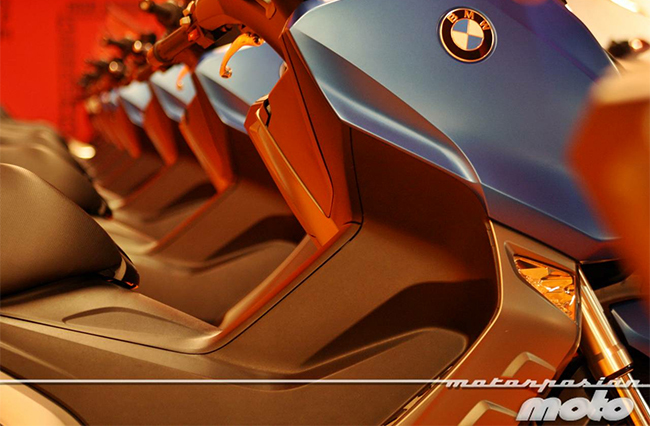 BMW se retrasa con la entrega de sus scooters
