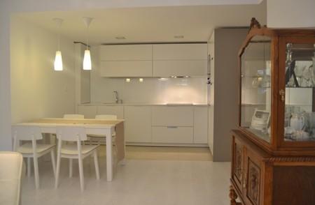 Cómo incluir muebles antiguos en una cocina moderna
