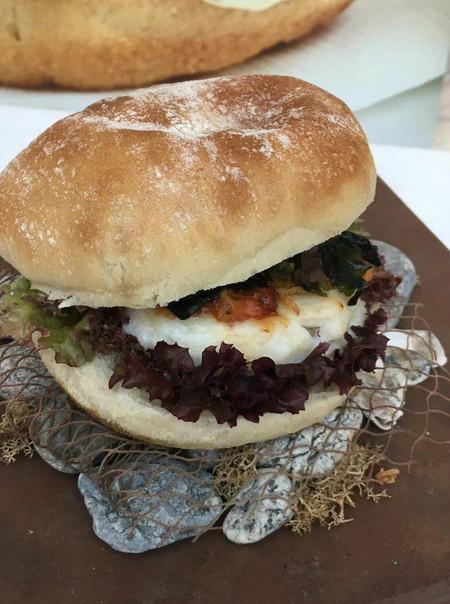 Así es el bocadillo de calamares gourmet que ha conquistado Madrid Fusión