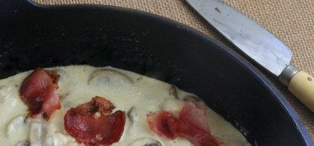 Pollo cremoso con champiñones al balsámico y bacon crujiente. Receta para disfrutar del otoño