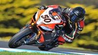 Superbikes Phillip Island 2013: Sylvain Guintoli es el primer ganador en un triplete histórico de Aprilia