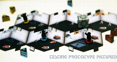 VX en corto: el juego de tablero de Portal y el tráiler del más que curioso Crawl