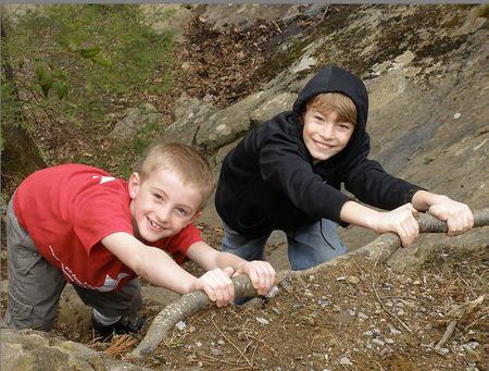 Escuela Junior de Alta Montaña en el club Todovertical: para peques iniciados en el montañismo