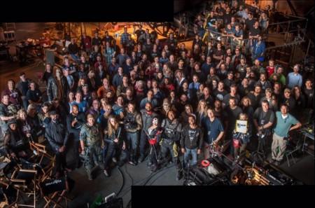 Todo el equipo de Suicide Squad en la foto de final de rodaje
