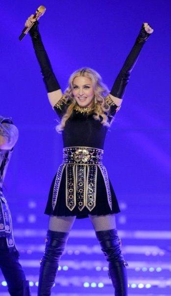 Madonna ha vuelto con todo el cargamento, ahora toca perfumarse con 'Truth or Dare'