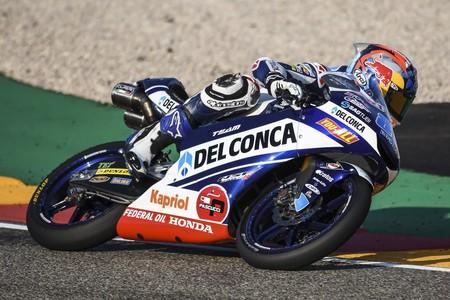 Jorge Martín arrasa en MotorLand y se lleva una importante victoria sobre Marco Bezzecchi