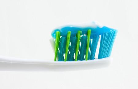 ¿Qué cantidad de pasta de dientes se debe usar?