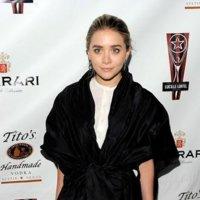 Las chaquetas son las protagonistas de la noche, lo dicen Ashley Olsen y Chloë Sevigny