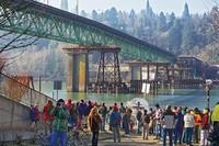 [Vídeo] Moviendo un puente de más de 3.000 toneladas