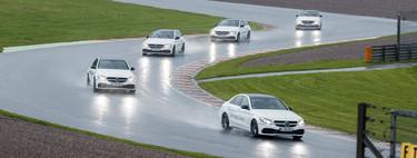 ¿Deben ser obligatorios los cursos de conducción? Así es el de Mercedes-Benz y Bridgestone en Sachsenring