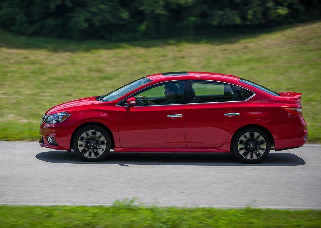 Foto de Nissan Sentra SR Turbo (5/11)