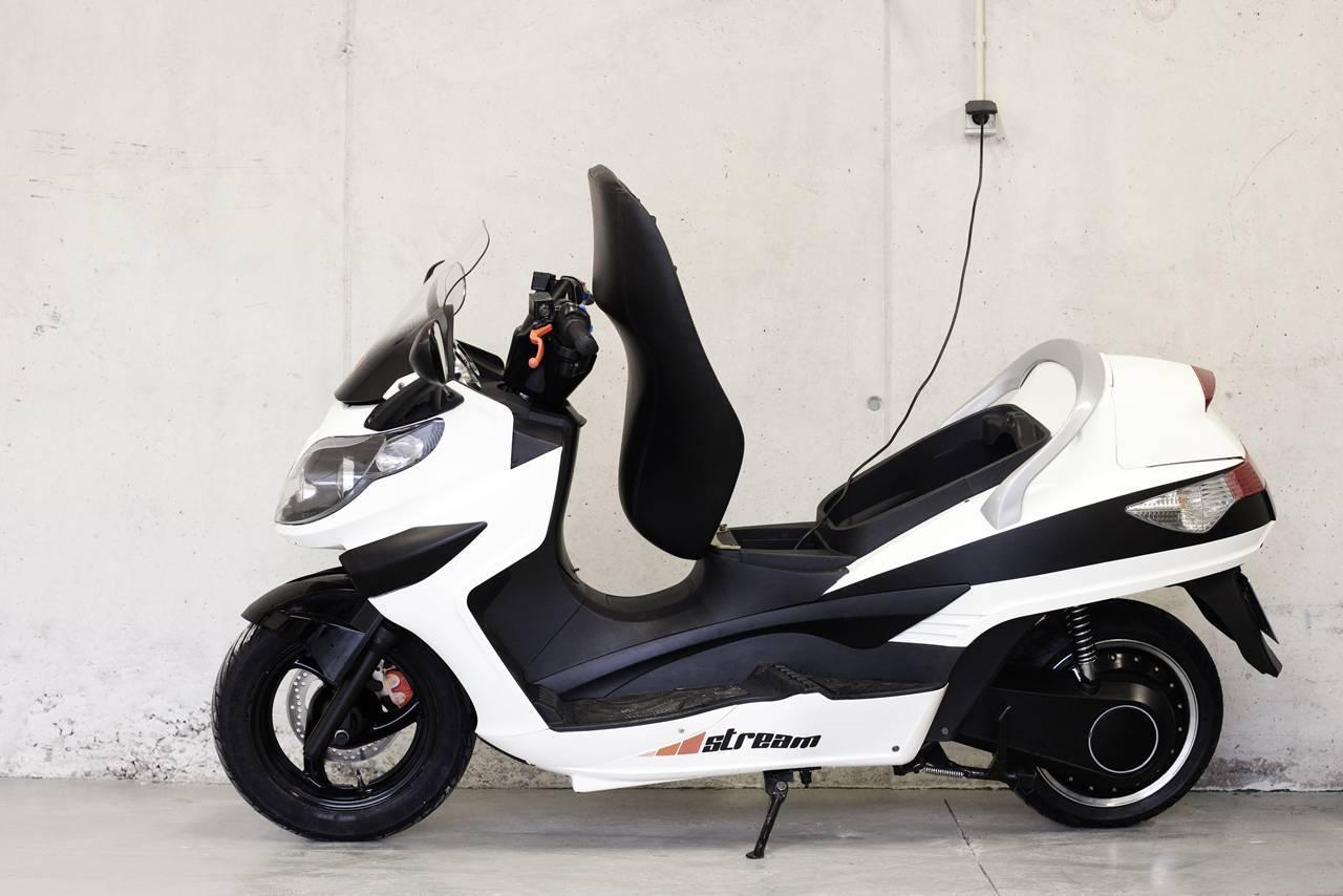 Foto de LEMev Stream, características del scooter eléctrico español (7/9)