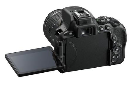 Nikon 03