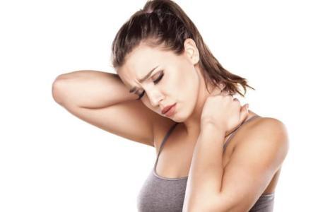 Acciones que debemos evitar para prevenir el dolor cervical