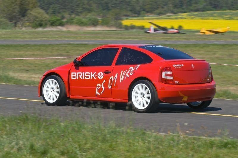 Foto de Brisk RS 01 WRC (17/19)
