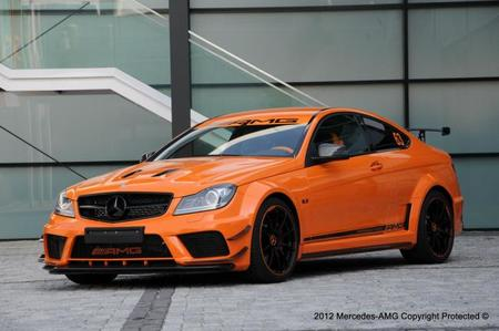 Mercedes C 63 AMG Black Series Halloween Edition
