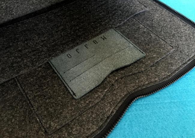 Carry-On Folio Sleeve 4